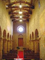 Interno Chiesa Santa Maria a Vico, Sant'Omero (TE)